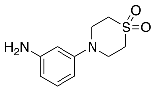 4-(3-Aminophenyl)-1lambda6-thiomorpholine-1,1-dione