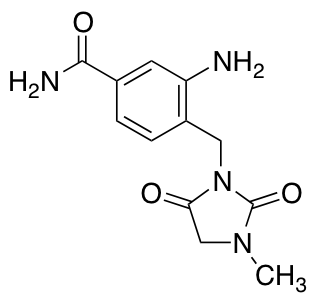 3-Amino-4-[(3-methyl-2,5-dioxoimidazolidin-1-yl)methyl]benzamide